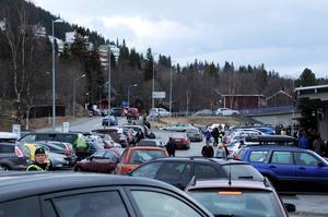 Trafiken hade kunnat ställa till det i Åre, men detta hanterades med 16-20 poliser i byn.
