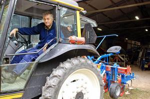 I torsdags körde Olle Sjöholm in radhackan för grönsaker in i maskinförrådet för vinterförvaring, eller kanske rentav slutförvaring.