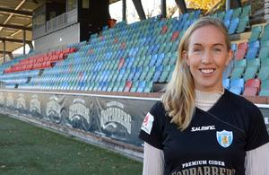 Landslagsspelaren Julia Roddar har skrivit på för Kopparbergs/Göteborg FC. Foto: Tore Lund/TT Nyhetsbyrån.