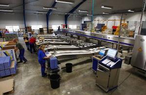 För att få plats med den nya maskinen har man byggt till 500 kvadratmeter.