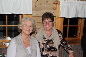 Lisbet Stenström på kommunkansliet och kommunalrådet Monica Olsson var två av festens regissörer.