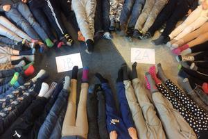 Lite rocka sockorna från OP-skolan i Örebro. Foto: Martina