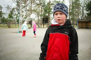 Oskar Frost går i första klass på Körfältsskolan och tyckte att skräpplockardagar var en bra idé.