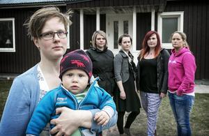 Då nio månader unge Sixten och hans mamma Jenny Grom Ericsson liksom Karin Westerlund, Karolina Gistö, Linda Larsson och Mina Lundberg drev för två år sedan en framgångsrik kampanj för att