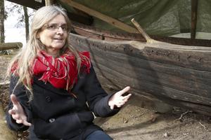 Smia. – Samernas dyrbara pälsverk var själva grunden i vikingarnas ekonomi. Så utan samerna hade den handeln inte fungerat, säger Gunilla Larsson.