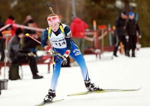 Sofia Myhr, Hede SK, tog guld när SM tävlingarna i skidskytte startade i Östersund.