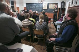 Falu kommun informedrade om Sörskog och bad samtidigt om ursäkt för ärendets hantering. Omkring 40 personer hade samlats i bystugan för att ta del av informationen.