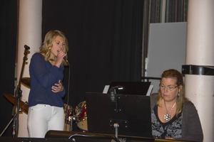 Anna Dahlberg ackompanjerades av Sara Bodlund på piano.