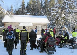 I söndags var det skotergudstjänst i Blåbergsåsens fäbodar i trakterna av Bingsjö. En uppskattad och välbesökt tradition församlingen hållit vid liv sedan sekelskiftet.