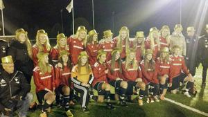 IFK Östersunds-jubel efter serieseger i division 3 och avancemang till tvåan nästa säsong.