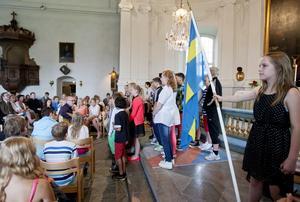Skolavslutning. Hölöskolans elever samlades i Hölö kyrka i somras.