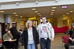 Michaela Gästgivar och Alex Lindqvist har polisanmält ansvariga på Gävle sjukhus för vållande till annans död.