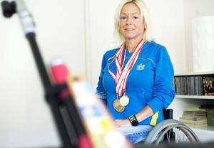 I går tog Lotta Helsinger VM-guld i sportgevär 50 meter 3x20.– Det är det jag är mest nöjd med hittills i min idrottskarriär, säger hon.