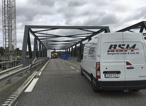 Förra sommaren hjälpte BSM till vid reparationen av den skadade Södertäljebron.