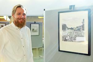 En av bilderna i Charlies utställning