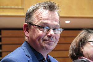 """""""Ett bra förslag"""", sa Liberalernas gruppledare Pär Löfstrand om att Östersund kan ta emot upp till drygt 300 flyktingar med uppehållstillstånd under 2017."""