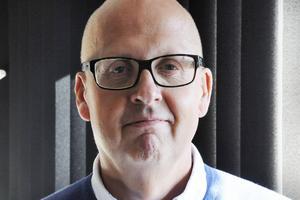 Bosse Svensson (C) är andranamn på Centerpartiets lista för Östersund och en av författarna till det tidigare förslaget till idéprogram som Centern lanserade häromåret.