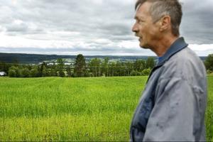 Lars-Göran Rödén har odlat spannmål sedan 70-talet och anser att lönsamheten har varit skrämmande dålig ända sedan dess. – Priserna har legat still länge, säger han.
