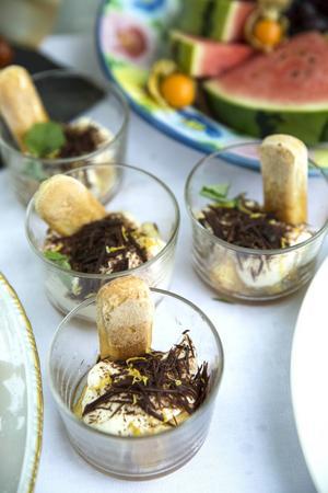 Tiramisu med limoncello och lemoncurd.