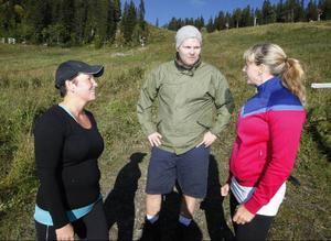 Petra Adolfsson väger nu 75 kilo och Magnus Nilsson är uppe i 125 kilo. Med Stina Bergstens hjälp ska de under tre månader komma ner i en vikt de trivs med. LT kommer tillbaka när programmet är slut för att se om de har lyckats.