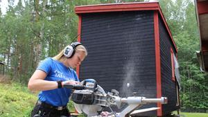 Lina Spåls har gått hantverksprogrammet på Leksands gymnasium och har i stort sett byggt allt själv från grunden.