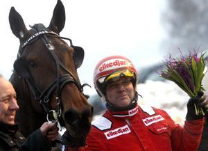 Sören Eriksson kör Bachelores Dream som tränas av Bollnästränaren Thomas Lönn.