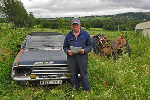 Bertil Nilssons bil har inte varit ute på vägarna på länge. Att den skulle ha varit i Västerås och varit inblandad i en trafikolycka i början på juli i år är högst osannolikt.