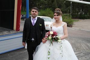 Kawa Murad och Roshen Ibrahims bröllopsfest hölls på Estraden i Sätra i lördags.