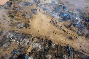 Skövlingen av regnskogarna fortsätter. Bilden visar en illegal guldgruva i Perus regnskog 2014.