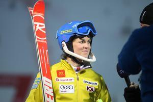 Maria Pietilä-Holmner leder damernas slalom efter första åket.