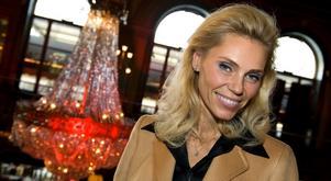 Anna Anka har fått ett antal erbjudanden under sin vistelse i Sverige.
