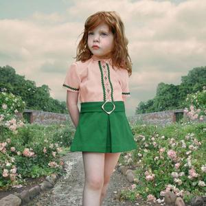 """The rose garden"" från 2001."
