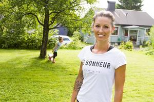 Jennie Skoglund märer hur barnen blir piggare när de rör sig utomhus.