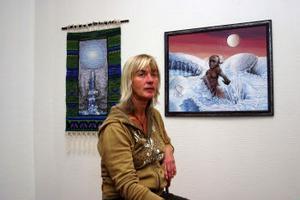 Fram till slutet av oktober kan Ångeborna se Eva Norbergs verk.