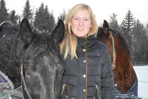 Marika Eriksson från Vemdalen sätter tillsammans med sin syster Isabell Härjedalen på travsportskartan.