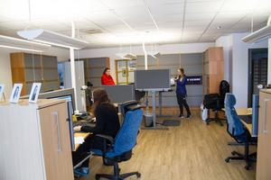 PWC har sina lokaler i Nordeas före detta lokalkontor i Västanfors. 10,5 tjänster finns på PWC:s kontor och betjänar kunder från norra länsdelen.