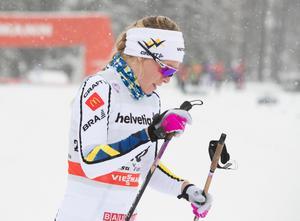Jennie Öberg i prologen. Öberg var den enda som tog sig vidare, men föll och åkte ut redan i kvarten. Bild: Terje Pedersen / NTB scanpix / TT