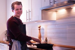 Jonas Lindberg har en passion för mat. Nu har den tagit honom till slutkvalet i Sveriges mästerkock.(Foto: Privat)