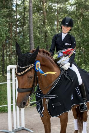 Linda Larsson, Leksands RK, hade en bra genomkörare före lag-SM som är om två veckor i Hammarö. På söndagen blev det seger i ekipagets klass.