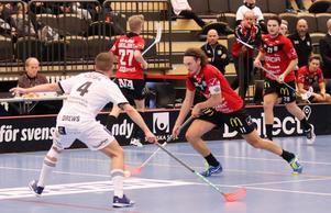 Trots flera anbud väljer profilen att förlänga med Örebro.