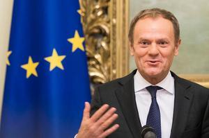 Donald Tusks beska budskap inför EU-toppmötet stämmer till eftertanke. Foto: AP Photo/Mindaugas Kulbis