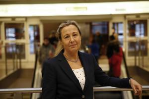 """""""Vi följer frågan varje vecka. Än så länge vet vi inte om det ökade behovet av platser på äldreboenden är ihållande eller om det är en tillfällig topp"""" säger Eva Pedersen-Wallin, tillförordnad socialdirektör. ."""