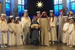 Josef, Maria och Jesusbarnet.