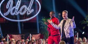 Tusse Chiza och Freddie Liljegren i Idol-final. Foto: Gabriel Rådström
