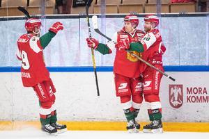 Mora fick jubla fem gånger och dessutom tog laget sin andra raka seger. Foto: Daniel Eriksson/Bildbyrån.