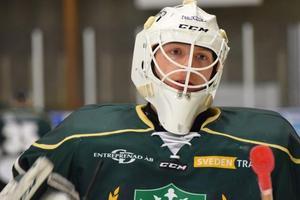 Att bibehålla ödmjukheten blir en nyckel för att fortsätta vara serieledare och förverkliga drömmen om Hockeyettan, anser Per Anderhag, Malungs målvakt.