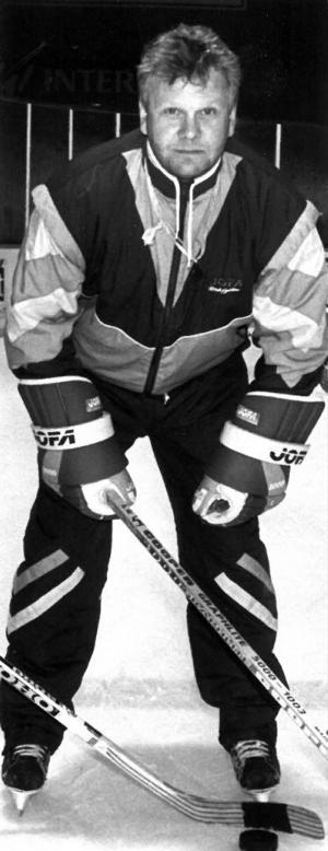 Wiberg som tränare för HC Dobel på 90-talet. Foto: DD:s bildarkiv