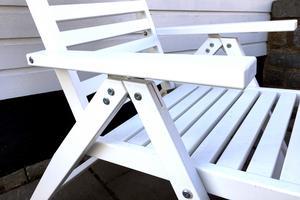 En fix och färdig Äpplarö trädgårdsstol från Ikea.