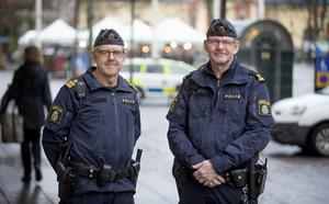 Henrik Billstam och P-O Forsell har känt varandra sedan 1963 och de har varit arbetskamrater under många år. Under fredagen gjorde de sitt sista arbetspass tillsammans.