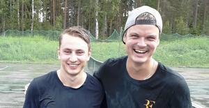 Sebastian Gråhns och Erik Ölund vann Midsommarblixten i Långsand. För Erik var det en historisk triumf då han som förste spelare vann två år i rad.
